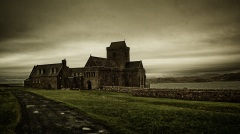 http://anoutofthewayplace.com/2012/02/25/the-isle-of-iona/